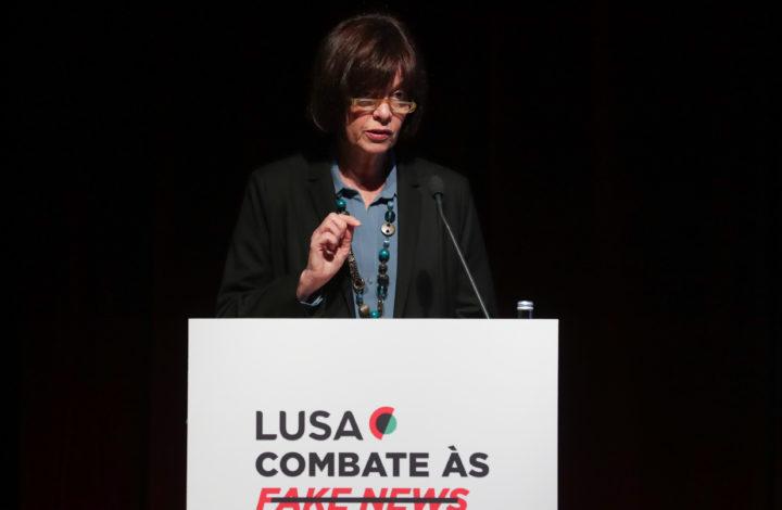 A diretora de informação da agência Lusa, Luísa Meireles, intervém durante a abertura da Conferência